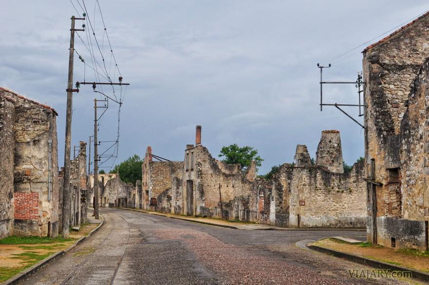 FOTOS ORADOUR SUR GLANE PUEBLO-CALLES GUERRA MUNDIAL