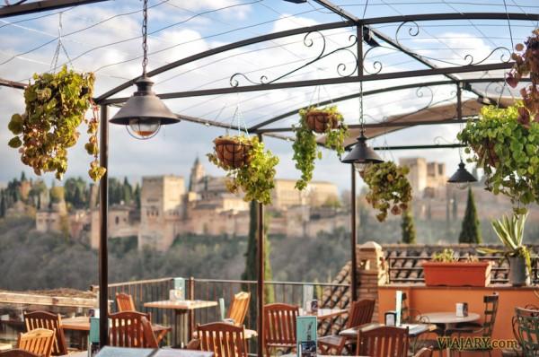 Terraza con vistas Alhambra Tapas Granada
